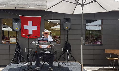 From August 1st until the 18th – Music at the Alpe Foppa Restaurant